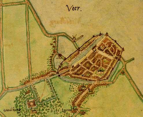Plattegrond van Veere door Jacob van Deventer, 1550. Deze kaart is een van de eerste (en betrouwbare) kaarten van Veere. De Campveerse Toren staat, zoals nu nog steeds, rechts bij de uitgang van de haven. Linksonder op de plattegrond staat ook kasteel Sandenburgh.