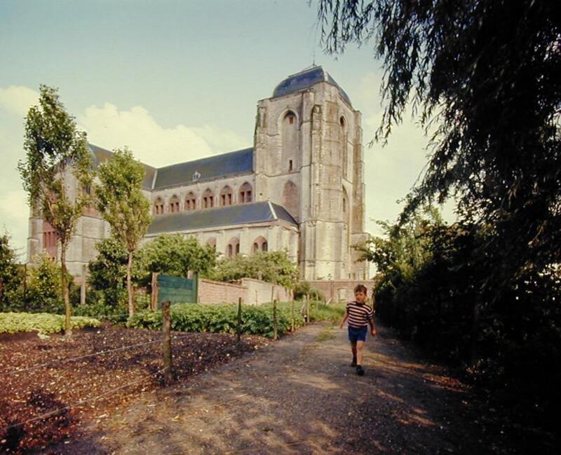 De Grote of Onze-Lieve-Vrouwekerk in Veere, circa 1970 (ZB, Beeldbank Zeeland, foto A. van Wyngen).