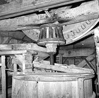 Tandwielen in de molen van Retranchement, 1962