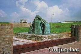 Watersnoodmonument in Colijnsplaat, gemaakt door de Vlissingse kunstenaar Jan Haas