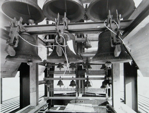 Carillon in Vlissingen, omstreeks 1968 (ZB, Beeldbank Zeeland, foto A. van Wyngen).