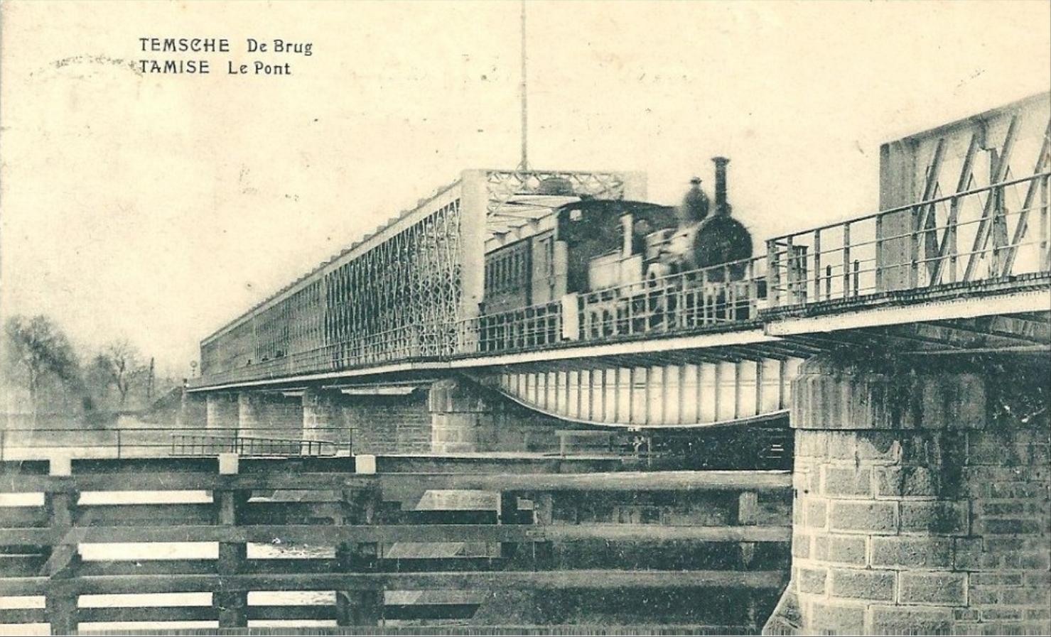 De Scheldebrug bij Temse op een oude fotokaart.