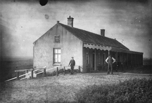 Het Badhuis in de duinen bij Cadzand, circa 1920 (ZB, Beeldbank Zeeland)