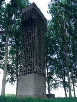 Luchtwachttoren in Nieuw-Namen.