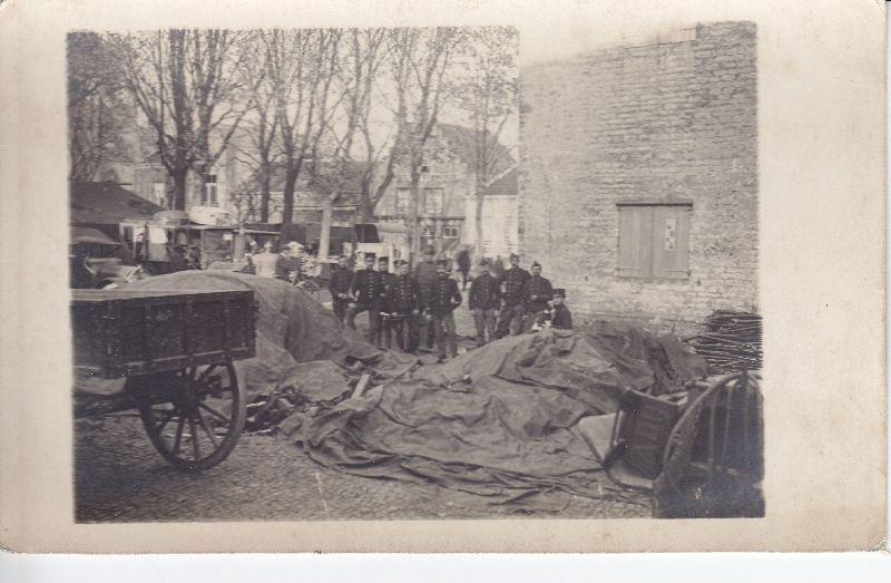 Grenzen aan een grenzeloze oorlog: Hulst, najaar 1914.