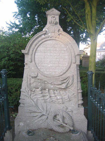 Het grafmonument voor Jacob Hobein aan de Koudekerkseweg in Vlissingen.
