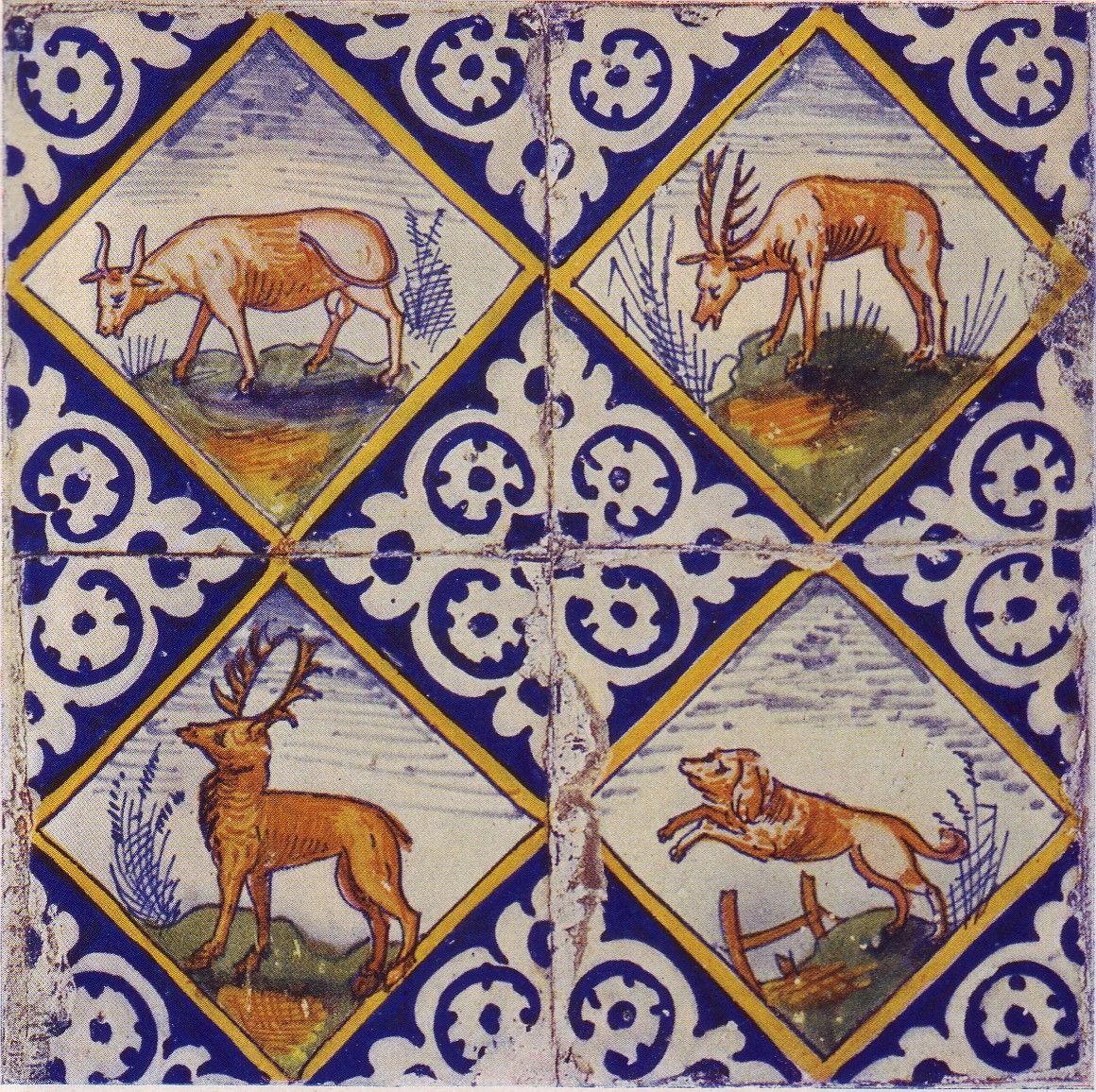 Serie kwadraattegels met afbeelding van een stier, twee edelherten en een springende hond, circa 1600.