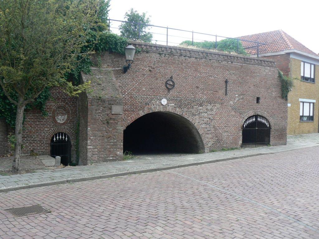 Restant van de getijdenmolen in Sas van Gent. (Beeldbank SCEZ)