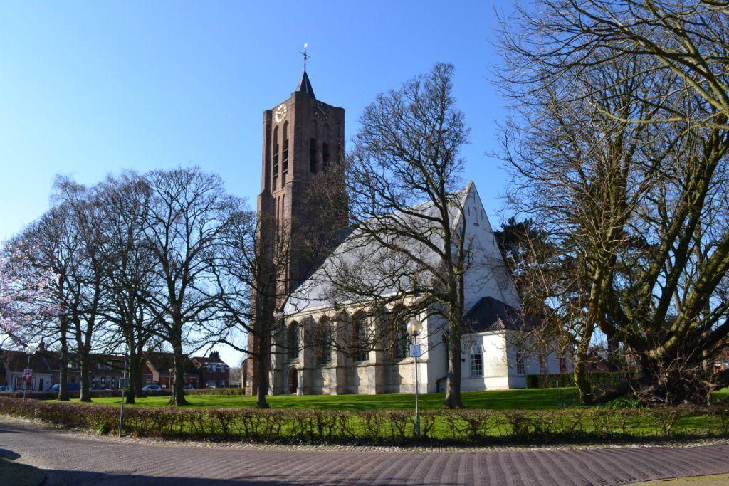 De Torenring van 's-Heer Arendskerke met de Petruskerk. (Beeldbank SCEZ)