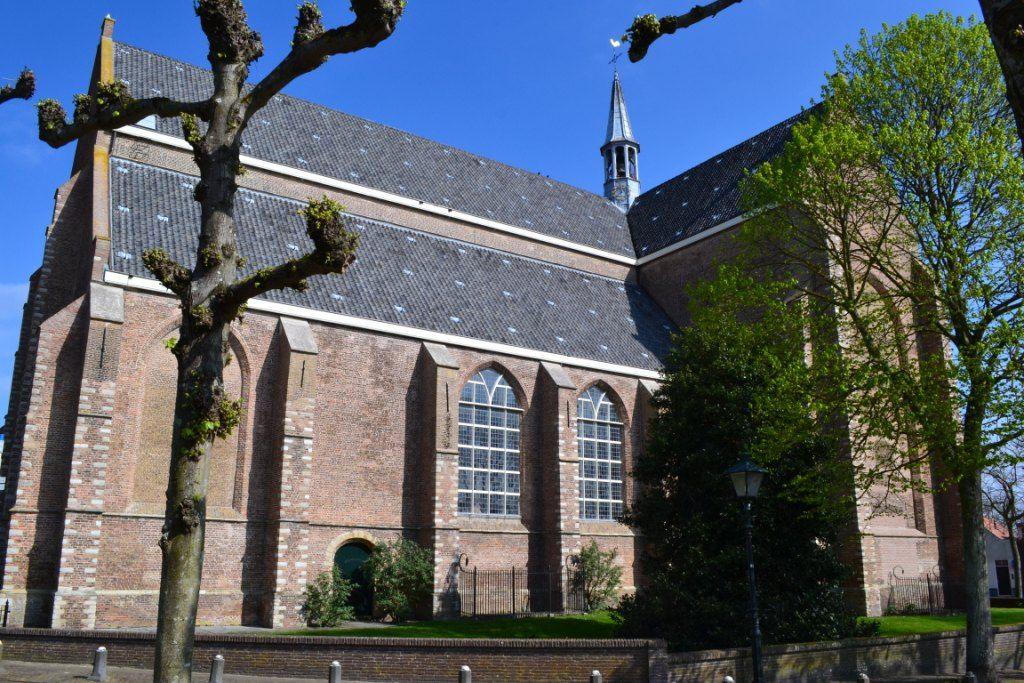 De kerk van Haamstede, waar Teellinck tussen 1606 en 1613 predikant was. (Beeldbank SCEZ)