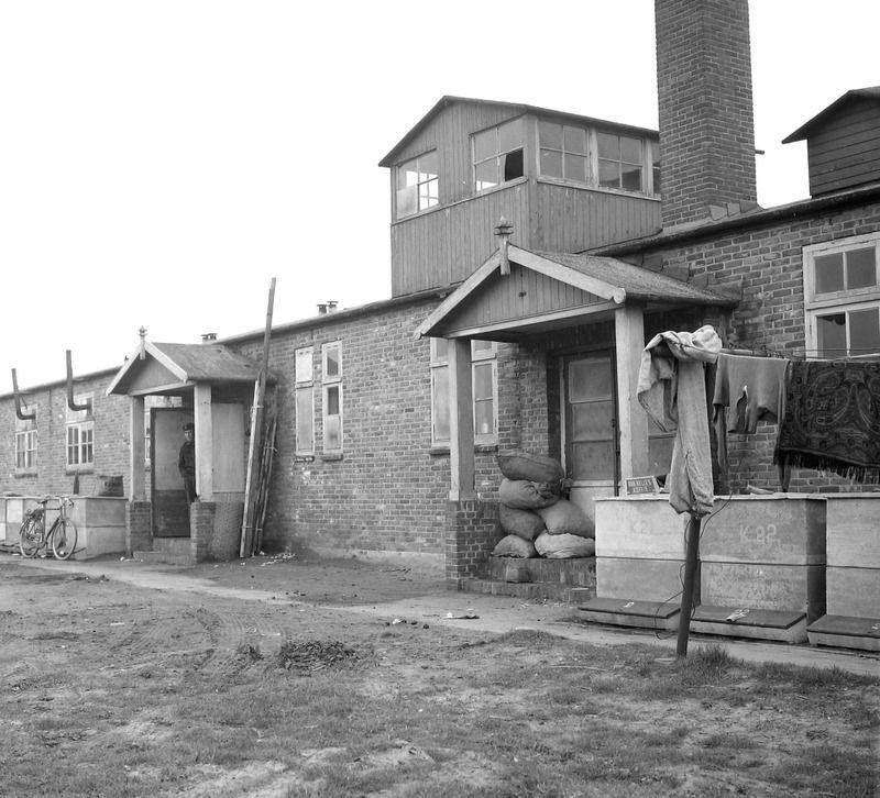 Het kamp in Westkapelle omstreeks 1960. (Zeeuwse Bibliotheek, Beeldbank Zeeland, foto J. Midavaine)