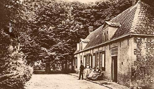 Houtvesterswoning van Hoogduin te Domburg. Prentbriefkaart van omstreeks 1920. (Zeeuws Archief, collectie Zeeuws Genootschap, Zelandia Illustrata)