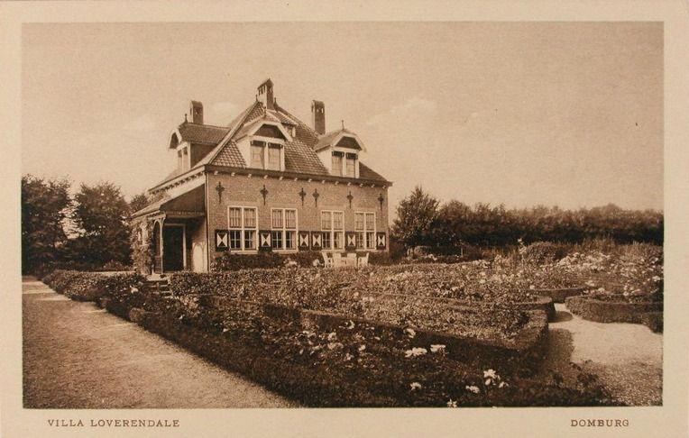 Villa Loverendale in Domburg, het huis van Marie Tak van Poortvliet. Prentbriefkaart van circa 1920. (Zeeuwse Bibliotheek, Beeldbank Zeeland)