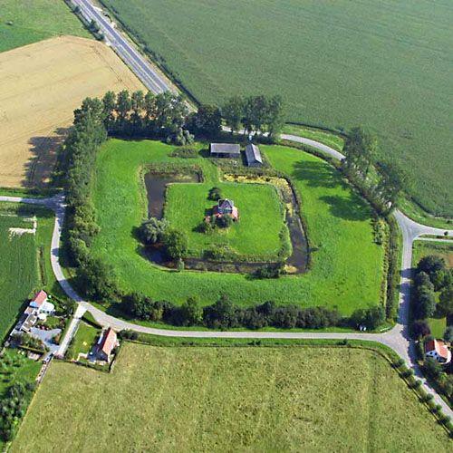 De Kruisdijkschans bij Sluis. (foto Provincie Zeeland)
