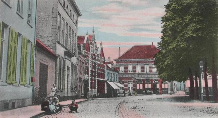 Grote Markt. Prentbriefkaart, circa 1905. (Zeeuwse Bibliotheek, Beeldbank Zeeland)