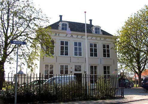 De Griffioen, voormalig woonhuis van de kaapvaart- en smokkelreder Hermanus van de Putte, aan de Seissingel in Middelburg. (Foto J. Francke, 2008)