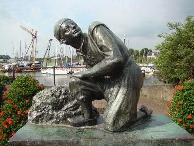 Het beeld van Hans Brinker in Spaarndam.