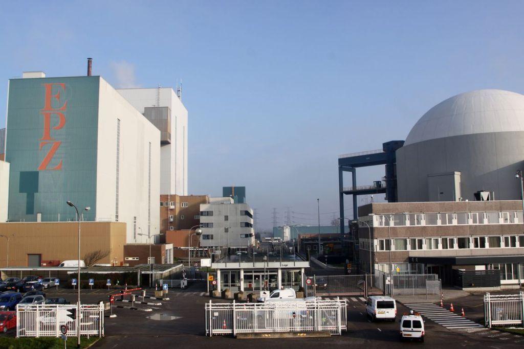 De kerncentrale in Borssele. (Foto Dennis Wisse voor DNA-Beeldbank op www.laatzeelandzien.nl)
