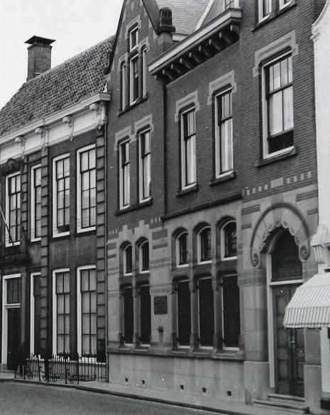 Het agentschap van De Nederlandsche Bank in de Gortstraat was het doel van een geheime missie. (Zeeuwse Bibliotheek, foto P. Vreke ca. 1960, detail)