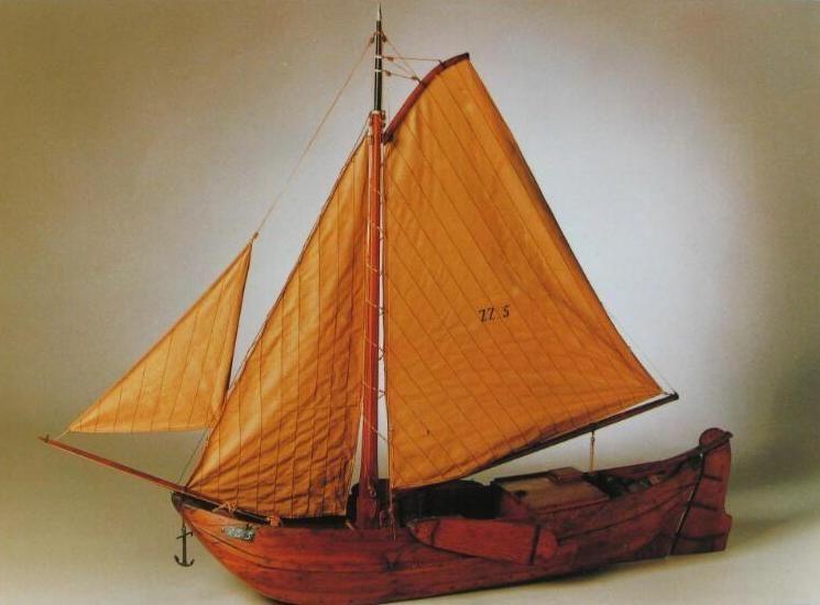 Model van een schouw uit de collectie van het Stadhuismuseum in Zierikzee. (prentbriefkaart Zeeuwse Bibliotheek)