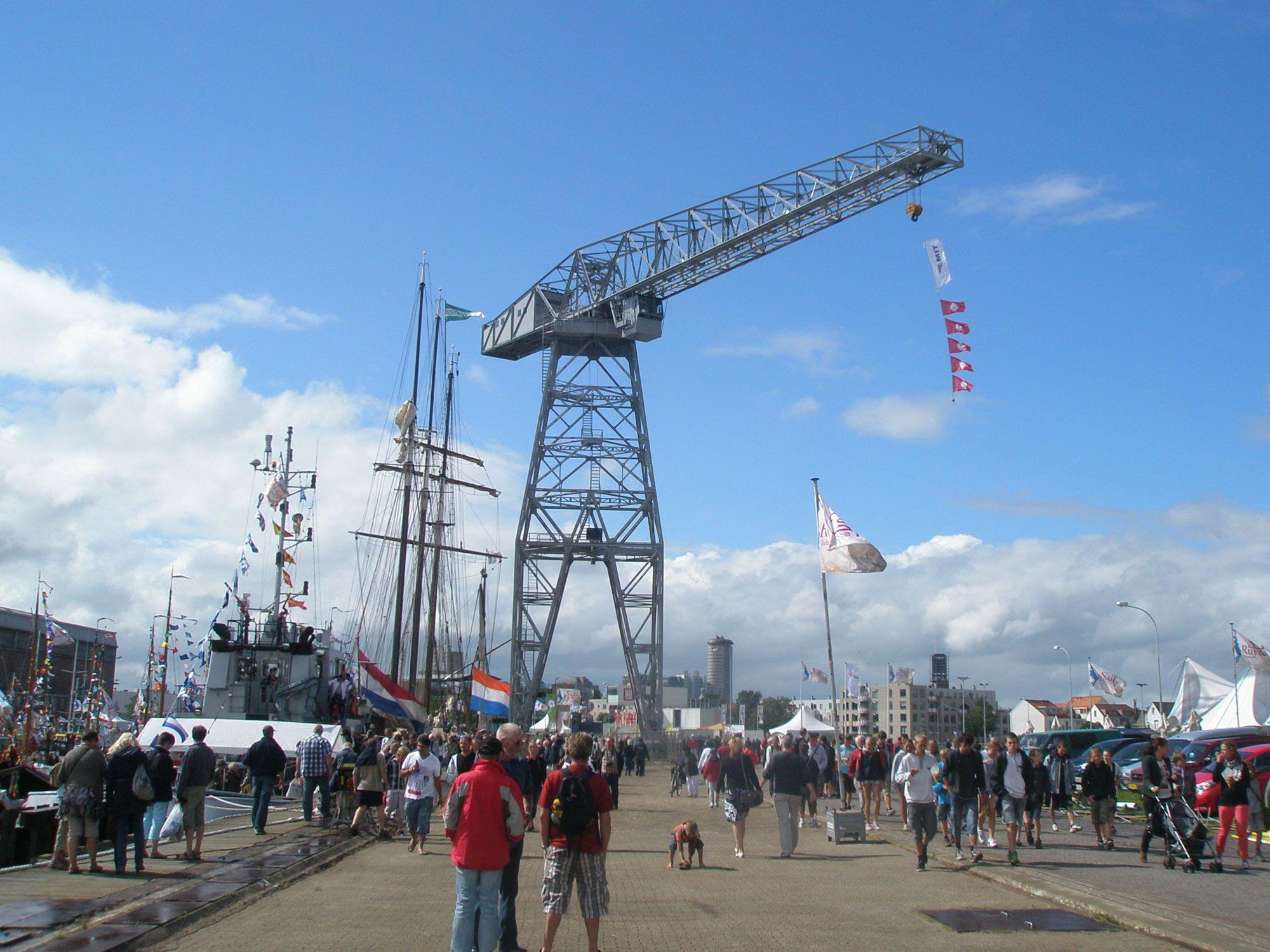 De Scheldekraan wordt ingezet bij festiviteiten, zoals hier bij Vlissingen Maritiem in augustus 2012.