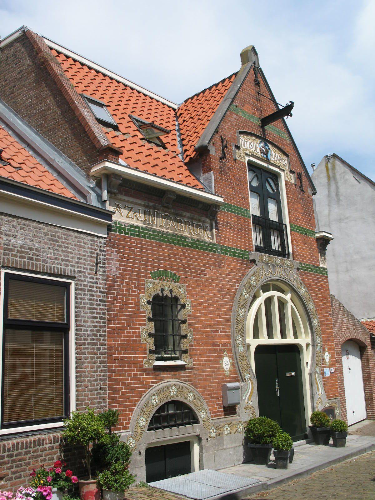 Het gebouw aan de Pijpstraat 23 in Middelburg.