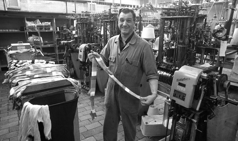 Sokkenfabriek Mi-Lock in 1961. (Zeeuwse Bibliotheek, Beeldbank Zeeland, coll. Dagblad De Stem, foto C. de Boer)