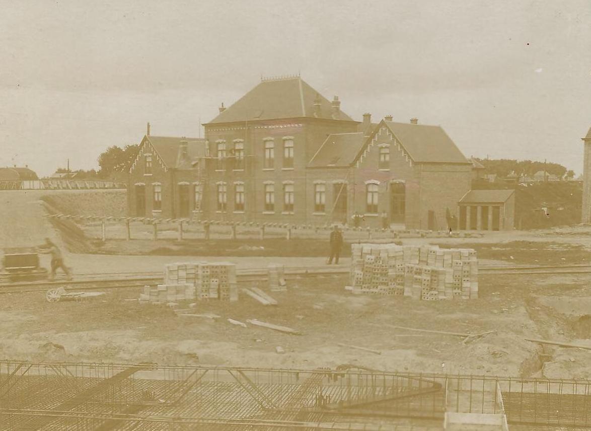 Bouw van de cokesfabriek in 1911. (Zeeuws Archief, archief cokesfabriek ACZC)