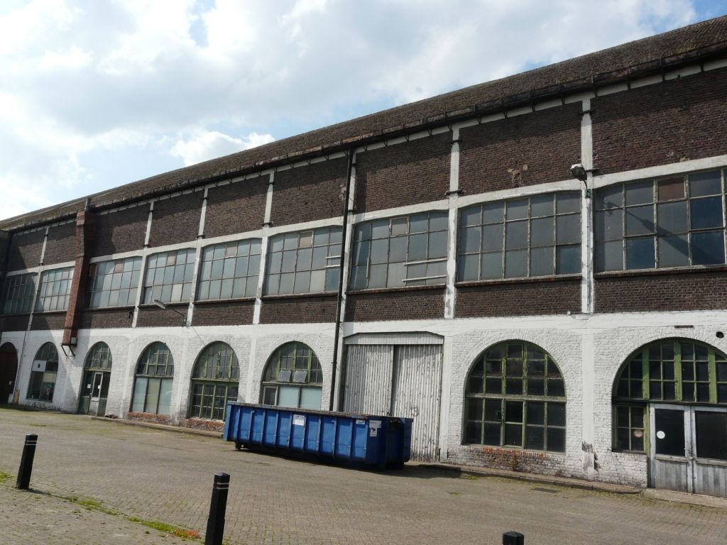 De glasfabriek in Sas van Gent is inmiddels gesloten. (Zeeuws Archief, archief Glasfabriek Sas van Gent)