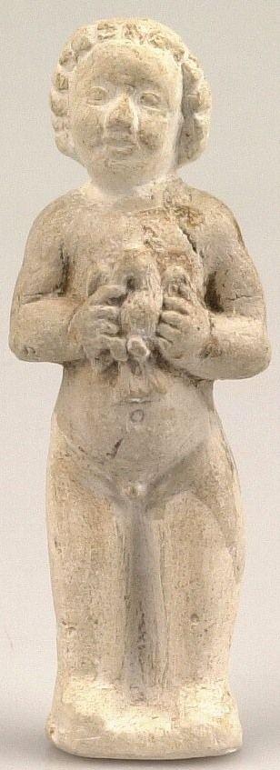 Religieus beeldje van witbakkend aardewerk voorstellende het Christuskind met een duif in de hand. Datering 1450-1530. (Beeldbank SCEZ)
