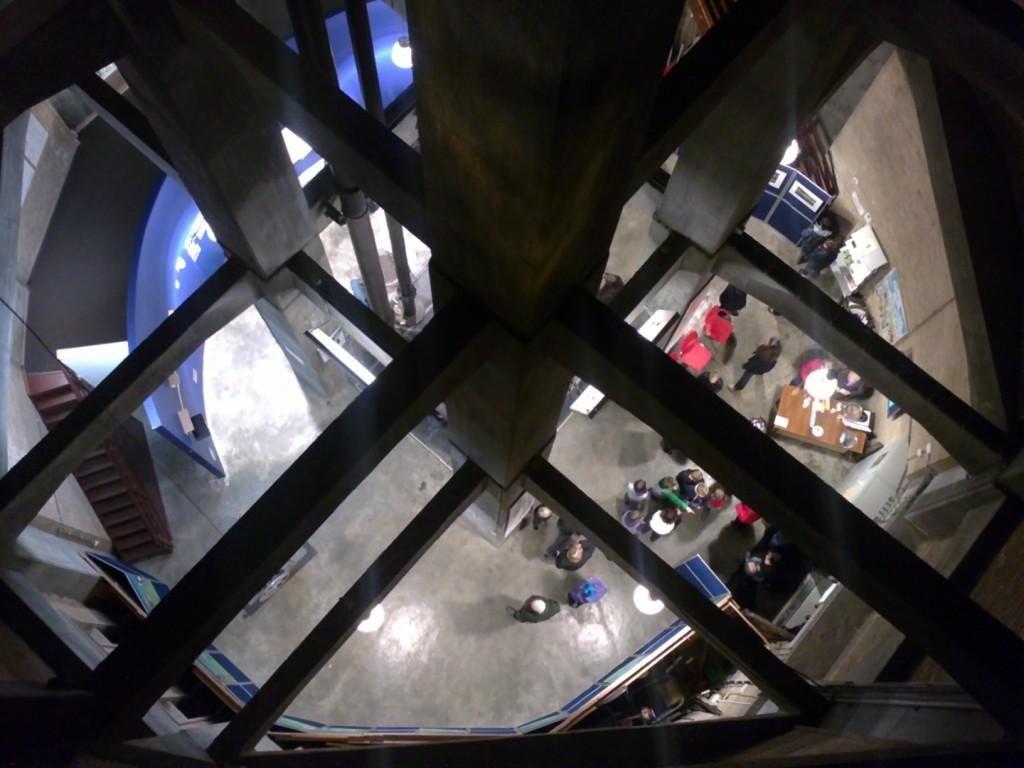 Binnenin de watertoren. (foto visaap, flickr, CC-BY-NC-ND 2.0)