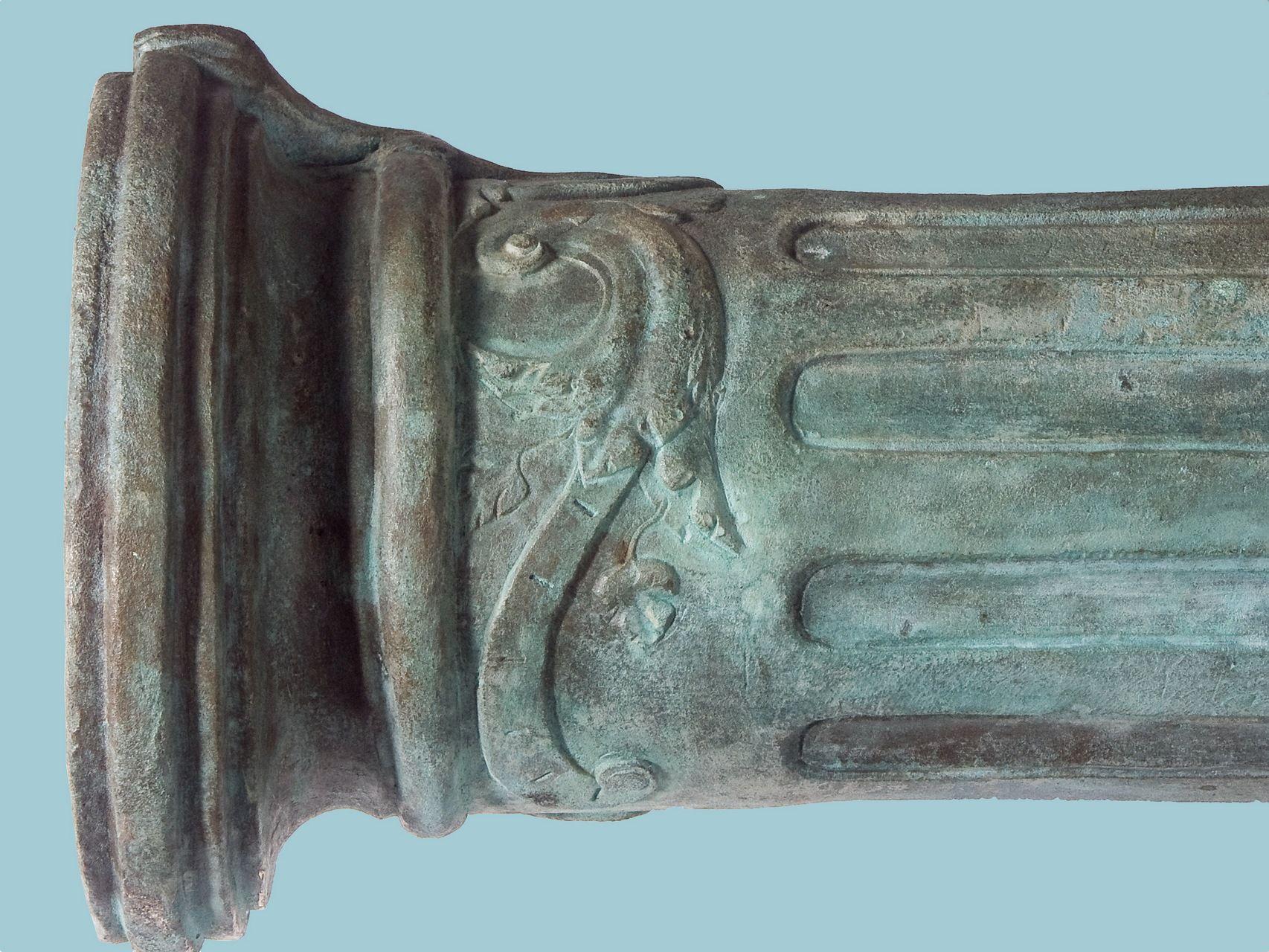 Vuurmond van het bronzen Renaissance-kanon met een salamander als vizierkorrel (Foto RCE, Amersfoort).