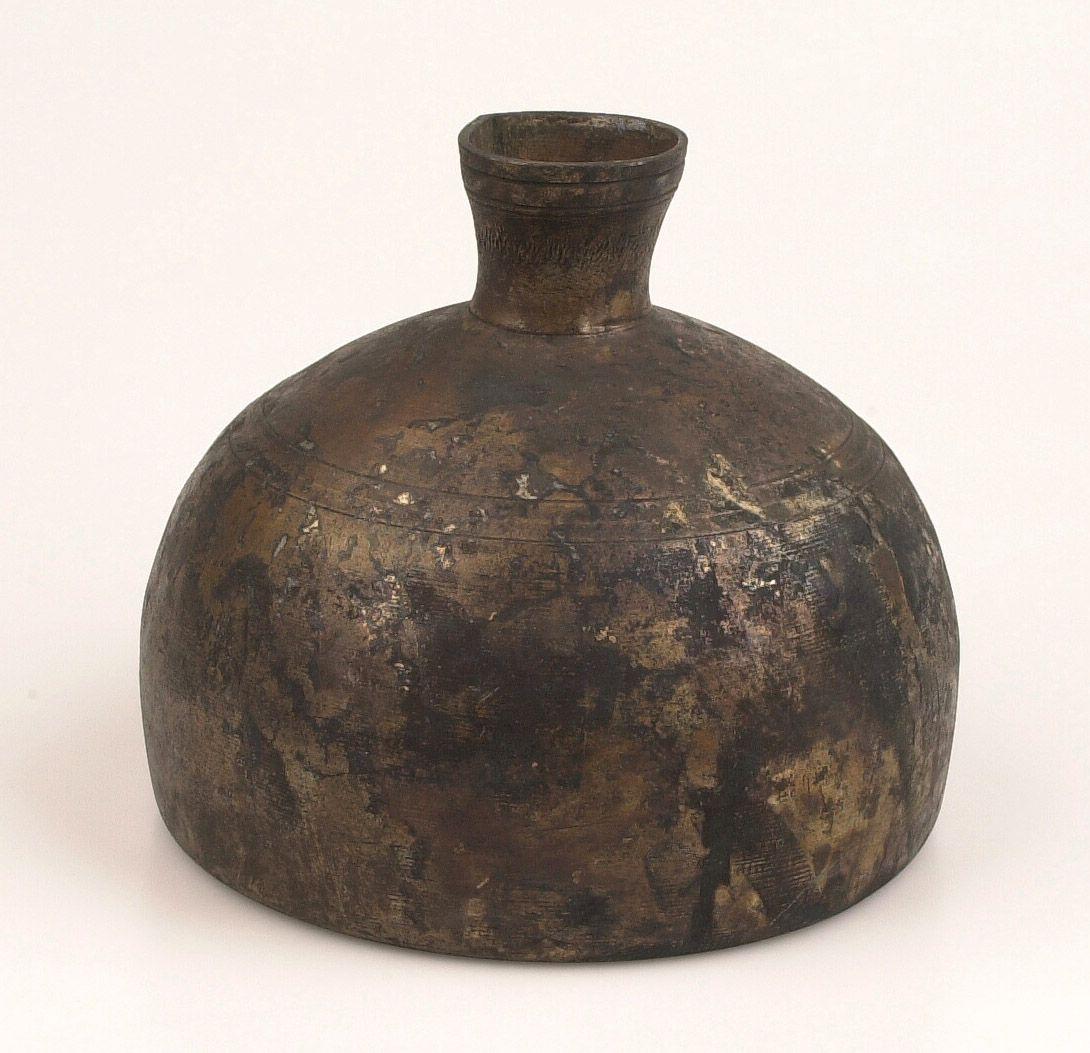 Tinnen fles uit Middelburg, zestiende eeuw.