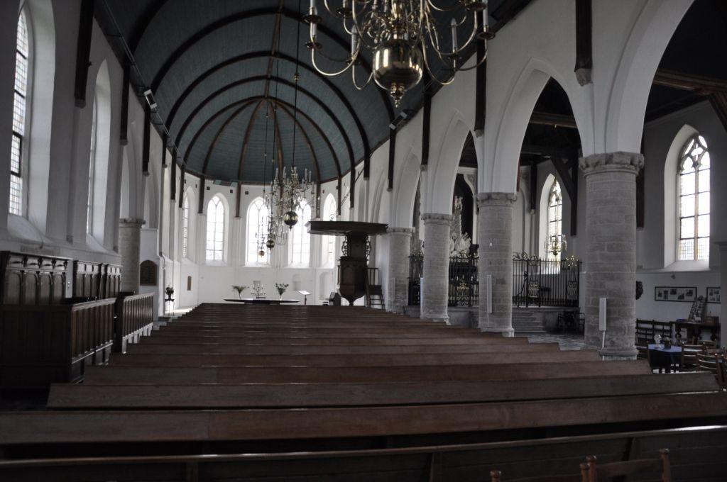 Sint adriaanskerk in dreischor for Interieur hermans