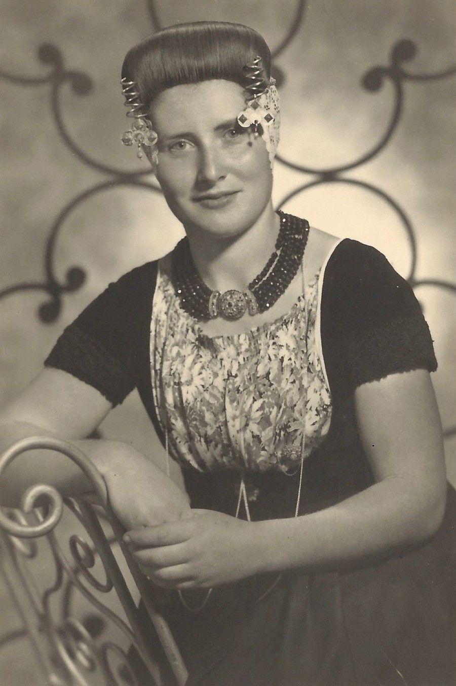 Marie Verhage op een foto uit 1946. (Collectie G. de Hamer)