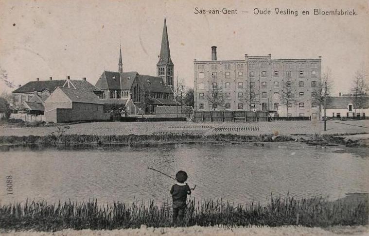 De bloemfabriek van Verschaffel aan de Oude Vesting circa 1900. (ZB, Beeldbank Zeeland)