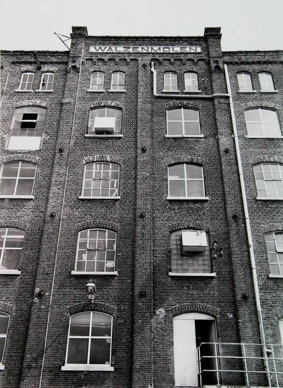Walzenmolen in het jaar van zijn sluiting, 1992. (ZB, Beeldbank Zeeland)