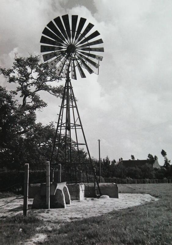 Een 'amerikaan' op een foto uit 1968 (ZB, Beeldbank Zeeland, collectie Landbouwcentrum).