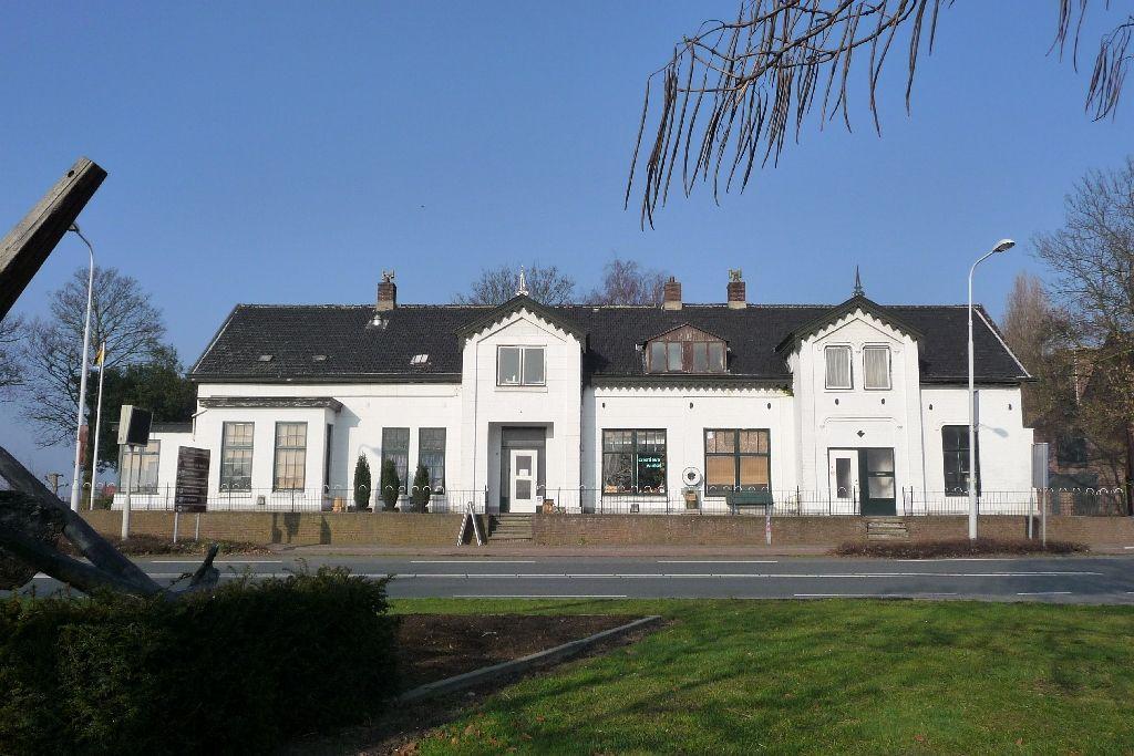 De Witte Villa aan de Westkade in Sas van Gent. (foto sas4550)