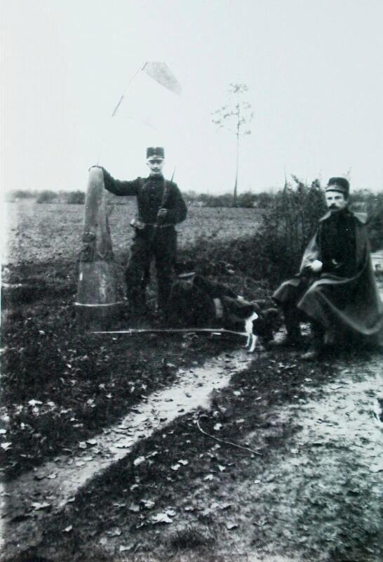 Douaniers aan de grens bij Hulst, 1914. (ZB| Beeldbank Zeeland)