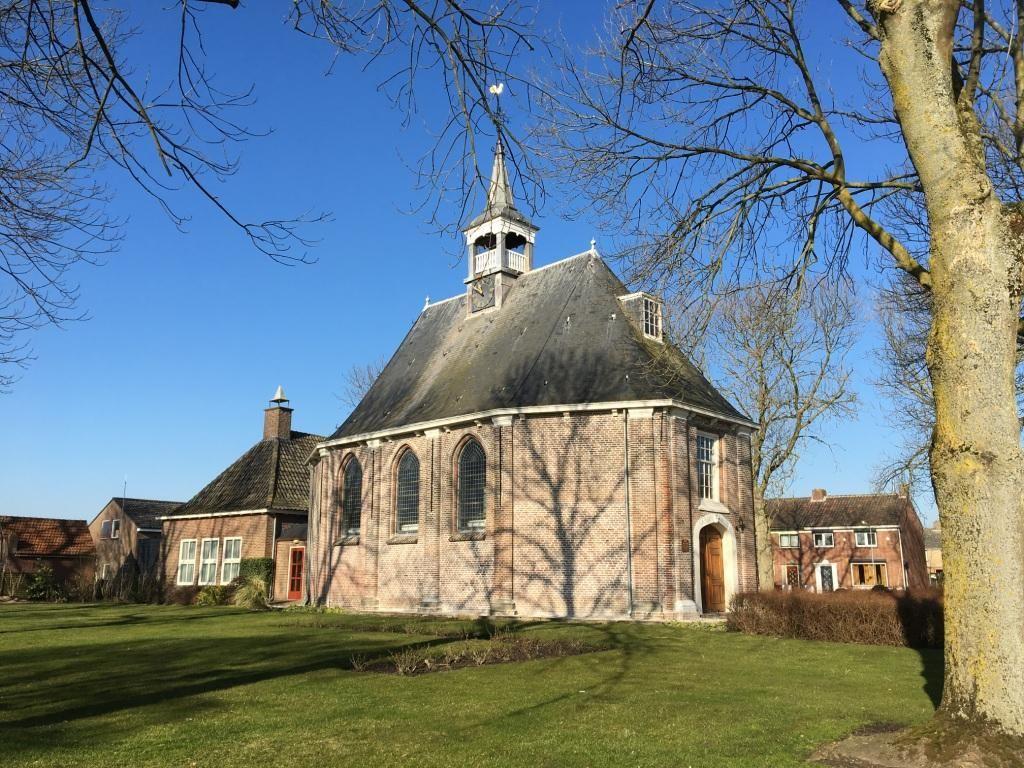 De kerk aan de Kerkring in Sint-Philipsland. (Beeldbank SCEZ)